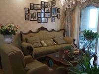 九龙城 三室 精装修 全实木家具 装修花了30万 大气住的时间非常少婚房
